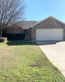 Photo of 2003 Cancun Drive, Mansfield, TX 76063 (MLS # 14263763)
