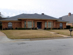 Photo of 2004 Lake Country Drive, Arlington, TX 76012 (MLS # 14265406)