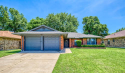 Photo of 528 Baylor Drive, Arlington, TX 76010 (MLS # 14330788)
