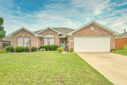 Photo of 1608 Mcgarry Lane, Mansfield, TX 76063 (MLS # 14335404)