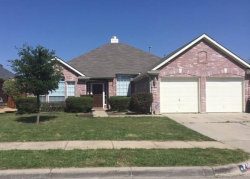 Photo of 404 Watertown Lane, Arlington, TX 76002 (MLS # 14337228)