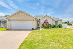 Photo of 1100 Fawn Meadow Trail, Kennedale, TX 76060 (MLS # 14342145)