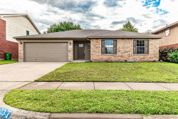 Photo of 6403 Jennie Lane, Arlington, TX 76002 (MLS # 14351714)