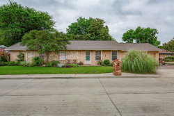 Photo of 9 Westglen Place, Plano, TX 75074 (MLS # 14355259)