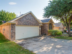 Photo of 402 Flint Court, Euless, TX 76040 (MLS # 14375022)