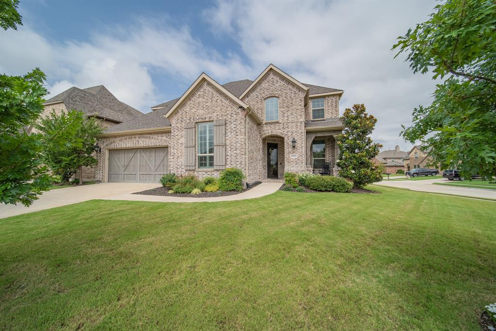 Photo for 1661 Old Oak, Prosper, TX 75078 (MLS # 14377916)