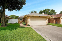 Photo of 1725 Red Bud Lane, Euless, TX 76039 (MLS # 14381166)