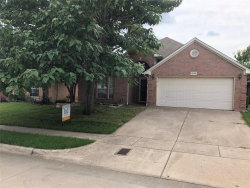 Photo of 8829 Sunset Trace Drive, Fort Worth, TX 76244 (MLS # 14383780)