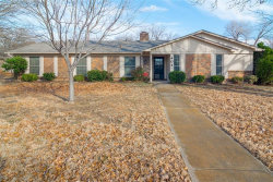 Photo of 404 Oak Valley Drive, Colleyville, TX 76034 (MLS # 14384008)