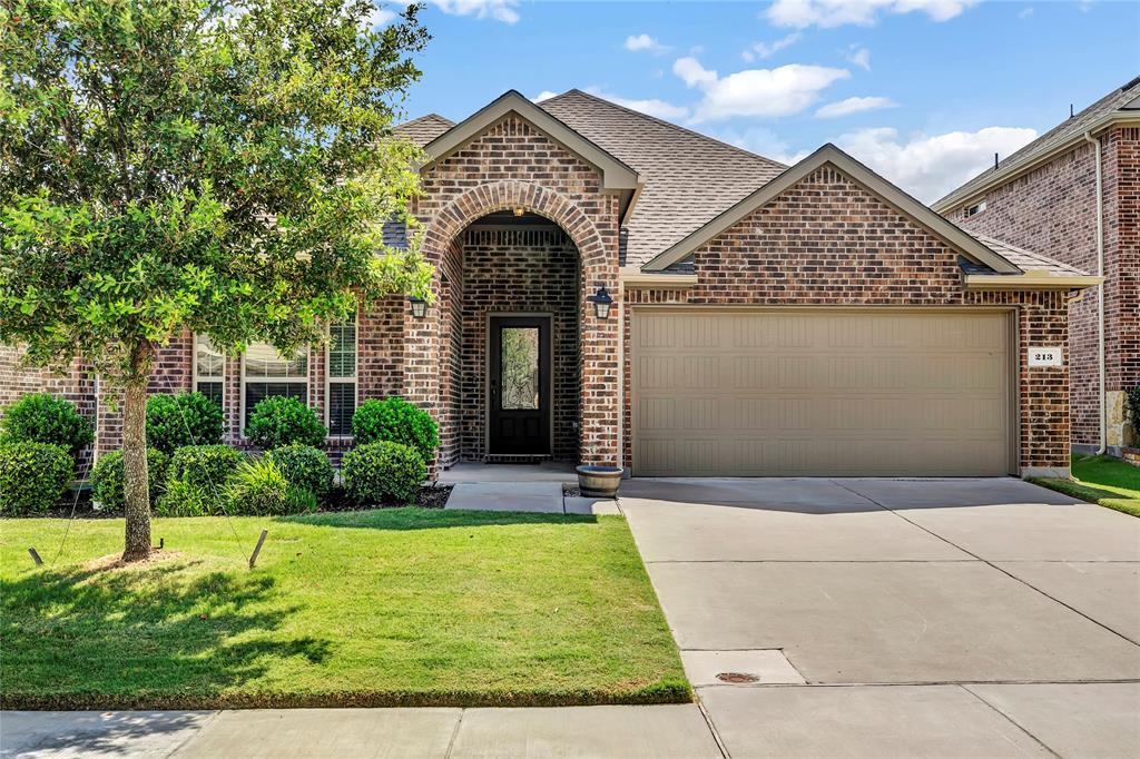 Photo for 213 Noel Drive, McKinney, TX 75072 (MLS # 14390401)
