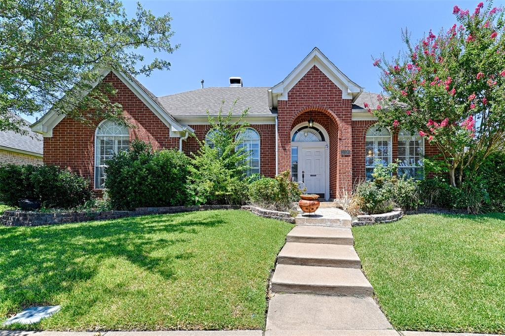 Photo for 3208 Brentwood Drive, McKinney, TX 75070 (MLS # 14400797)