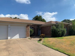 Photo of 2102 Silver Creek Drive, Euless, TX 76040 (MLS # 14422010)