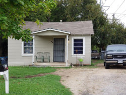 Photo of 5537 Como Drive, Fort Worth, TX 76107 (MLS # 14429246)