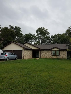 Photo of 7021 Misty Meadow Drive S, Fort Worth, TX 76133 (MLS # 14433432)