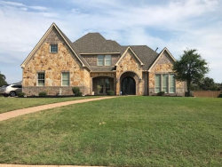Photo of 1209 Falcon Ridge Drive, Kennedale, TX 76060 (MLS # 14435805)