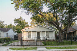 Photo of 2613 Frazier Avenue, Fort Worth, TX 76110 (MLS # 14439582)