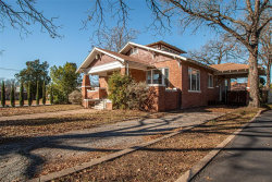 Photo of 6 Chase Court, Fort Worth, TX 76110 (MLS # 14458952)