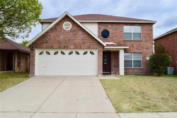 Photo of 3345 Chapel Wood Court, Fort Worth, TX 76116 (MLS # 14462151)
