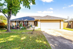 Photo of 2604 S Meadow Drive, Fort Worth, TX 76133 (MLS # 14469707)