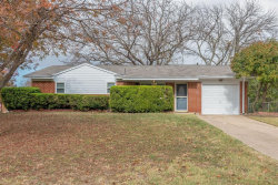Photo of 5001 Basswood Court, Fort Worth, TX 76135 (MLS # 14481570)