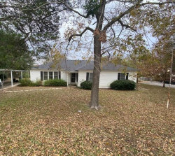 Photo of 1140 S State Hwy 19, Canton, TX 75103 (MLS # 14482339)