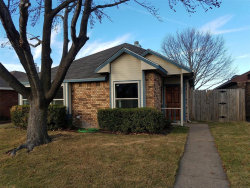 Photo of 205 Overland Trail, Mesquite, TX 75149 (MLS # 14487039)