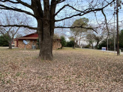 Photo of 1004 Holiday Circle, Kemp, TX 75143 (MLS # 14490851)