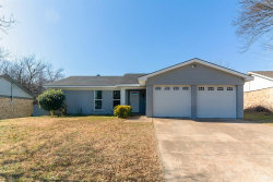 Photo of 6808 Woodway Drive, Fort Worth, TX 76133 (MLS # 14502088)