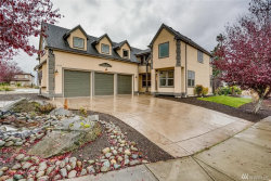 Photo of 1228 S 273rd Place, Des Moines, WA 98198 (MLS # 1691061)