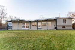 Photo of 2131 W Lakeside Dr, Moses Lake, WA 98837 (MLS # 1718054)