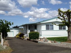 Photo of 324 W Spring Cir, Mattawa, WA 99349 (MLS # 682183)