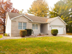 Photo of 3689 Willow Creek Drive, Fruitport, MI 49415 (MLS # 17039086)