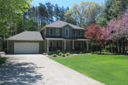 Photo of 15276 Meadowwood Drive, Grand Haven, MI 49417 (MLS # 17052667)