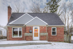 Photo of 1414 Hazen Street, Grand Rapids, MI 49507 (MLS # 18015368)