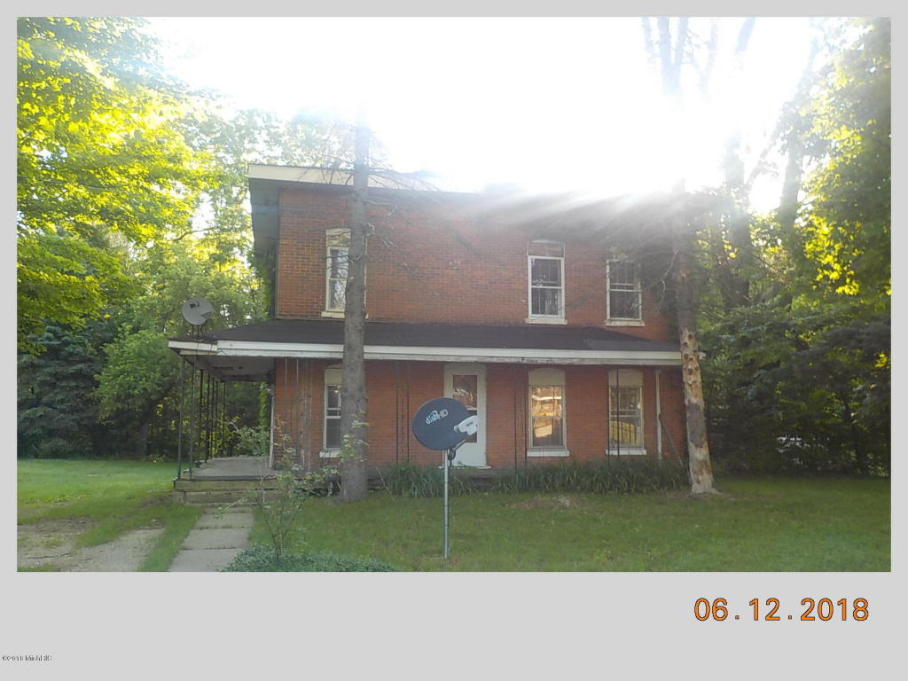 Photo for 347 Main Street, Lawrence, MI 49064 (MLS # 18028481)