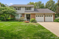 Photo of 2922 Meadowbrook Drive, Grand Rapids, MI 49546 (MLS # 18040405)