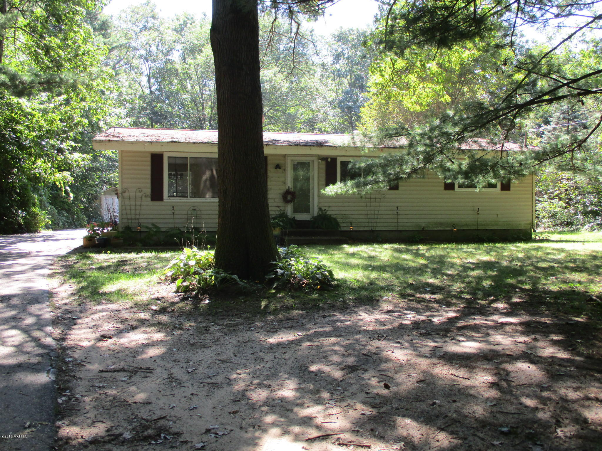 Photo for 6376 Old Allegan Road, Saugatuck, MI 49453 (MLS # 18043785)