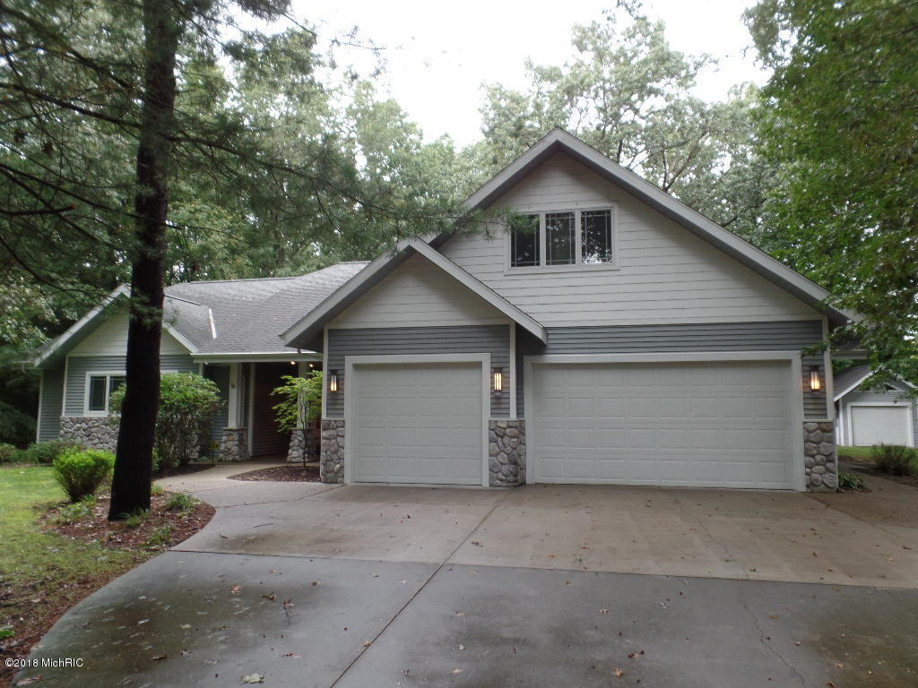 Photo for 6433 Destin Court, Saugatuck, MI 49453 (MLS # 18048555)
