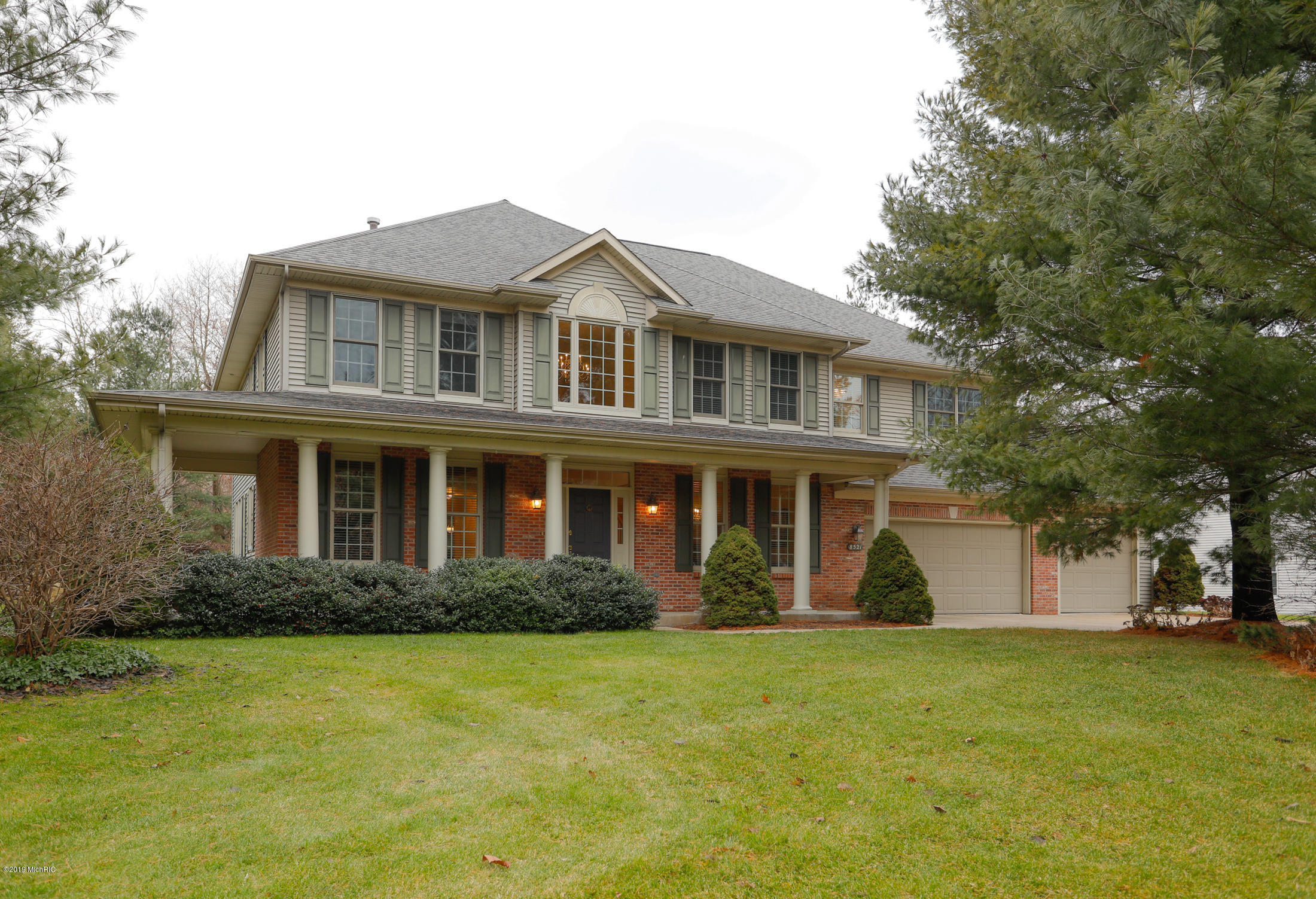 Photo for 8521 Wyndwood Point, Mattawan, MI 49071 (MLS # 19000633)
