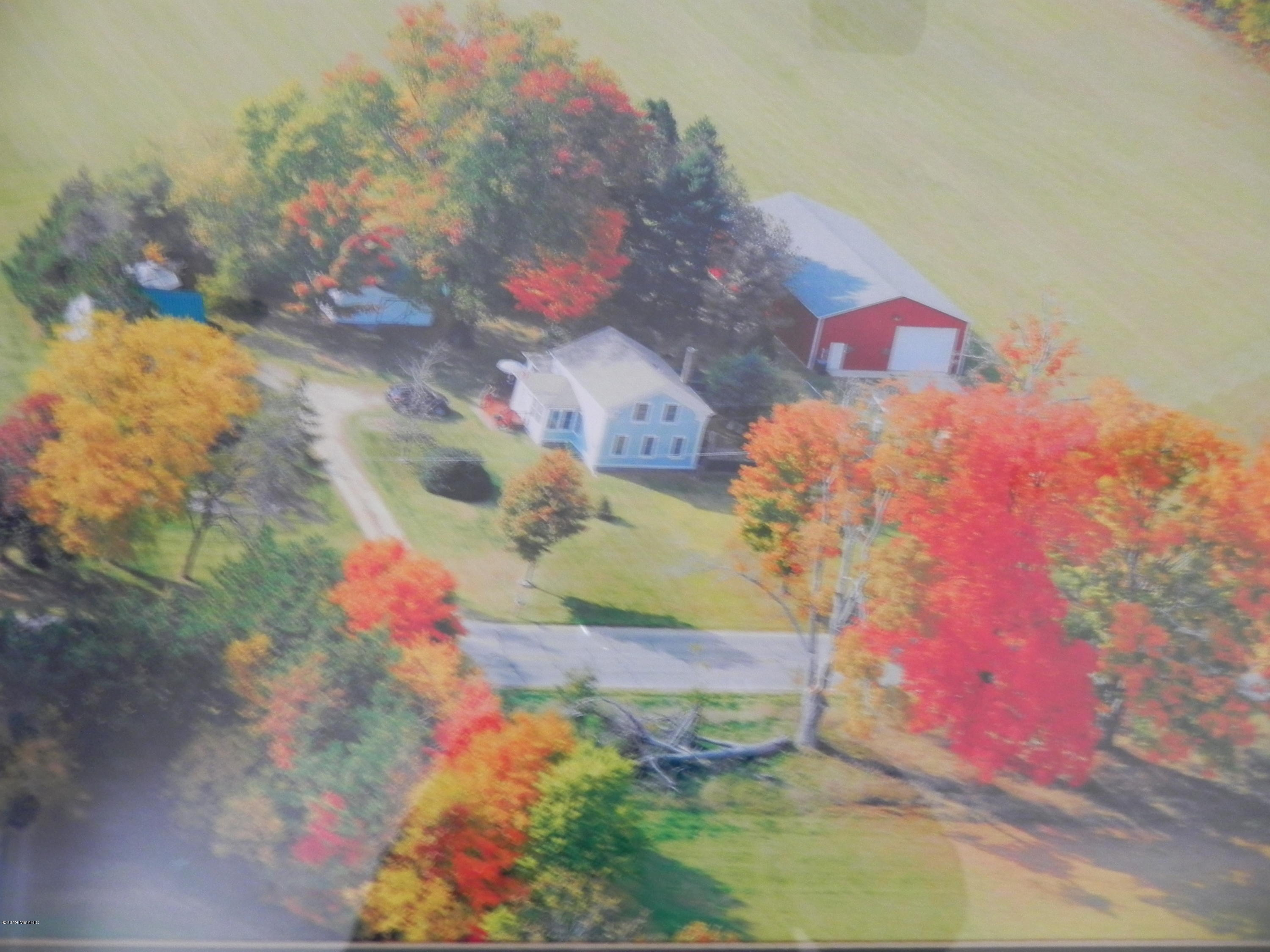 Photo for 51300-A County Road 653, Paw Paw, MI 49079 (MLS # 19002596)