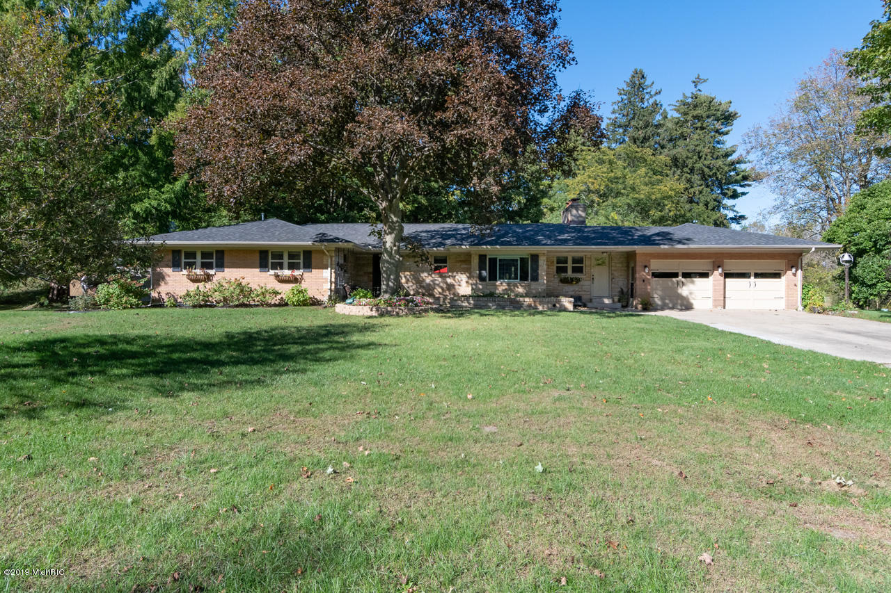 Photo for 12120 76th Street, South Haven, MI 49090 (MLS # 19002769)