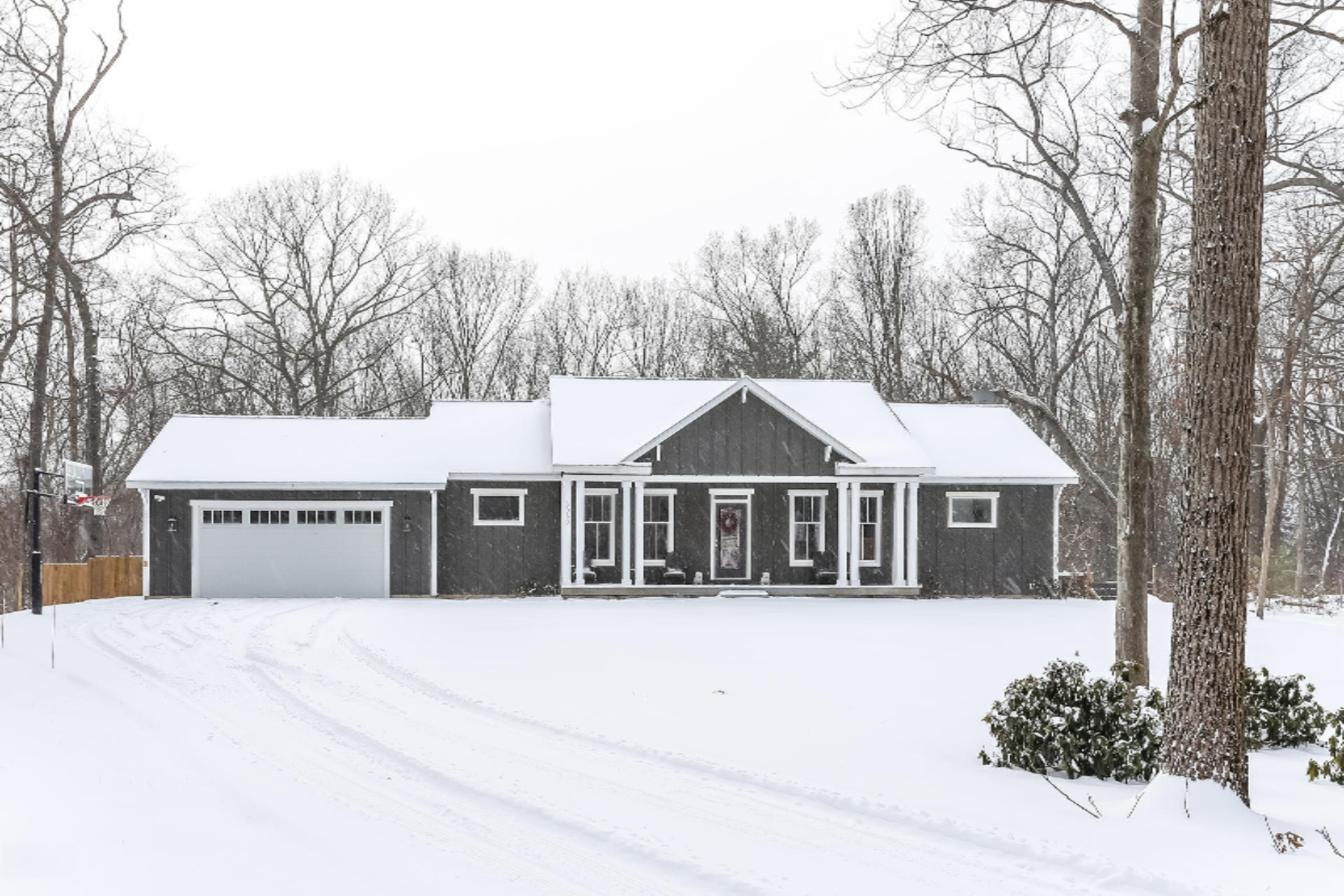 Photo for 3080 Red Oak Drive, Unit 15, Saugatuck, MI 49453 (MLS # 19002930)