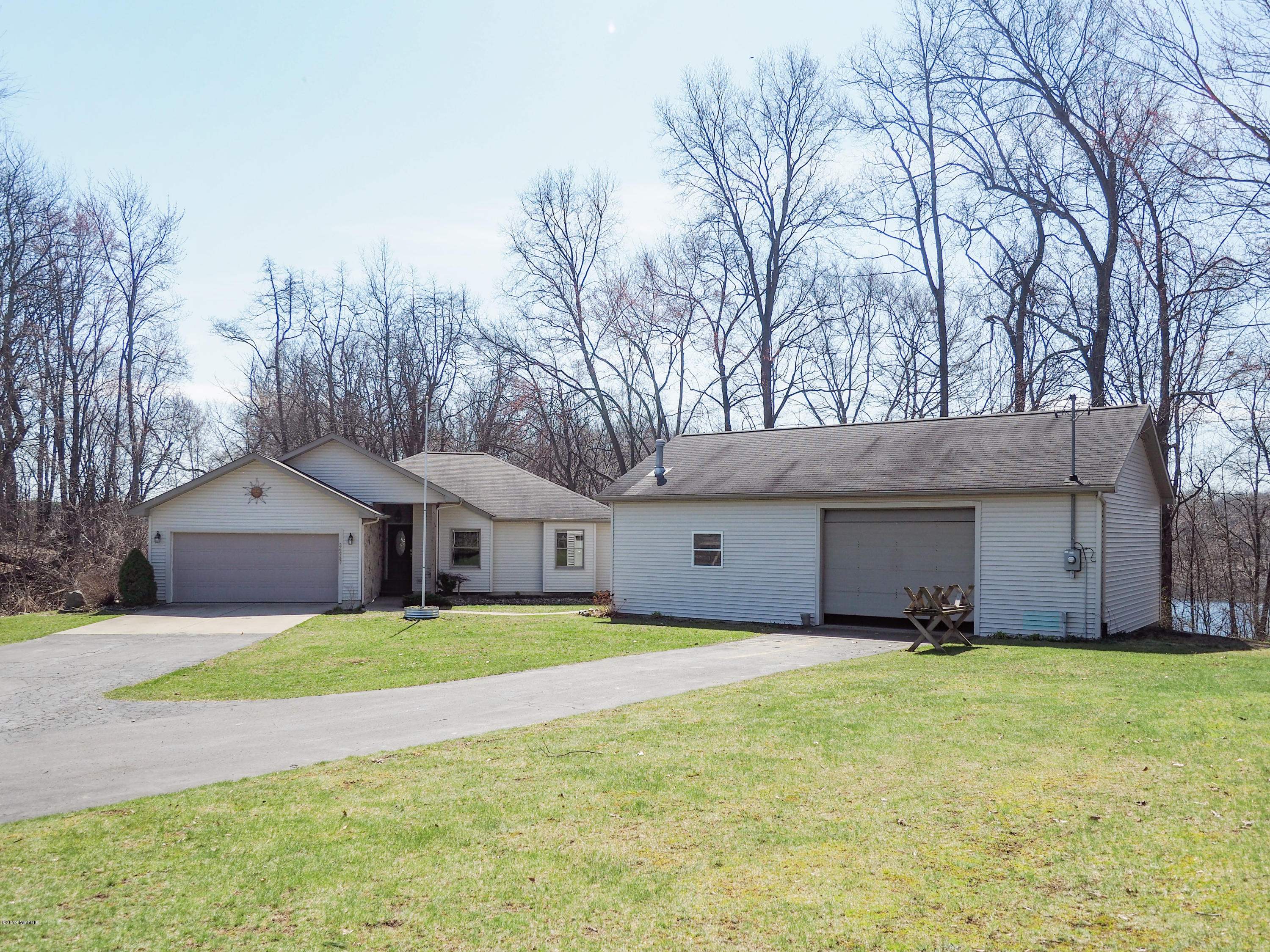 Photo for 26987 Lake Drive, Lawton, MI 49065 (MLS # 19005320)