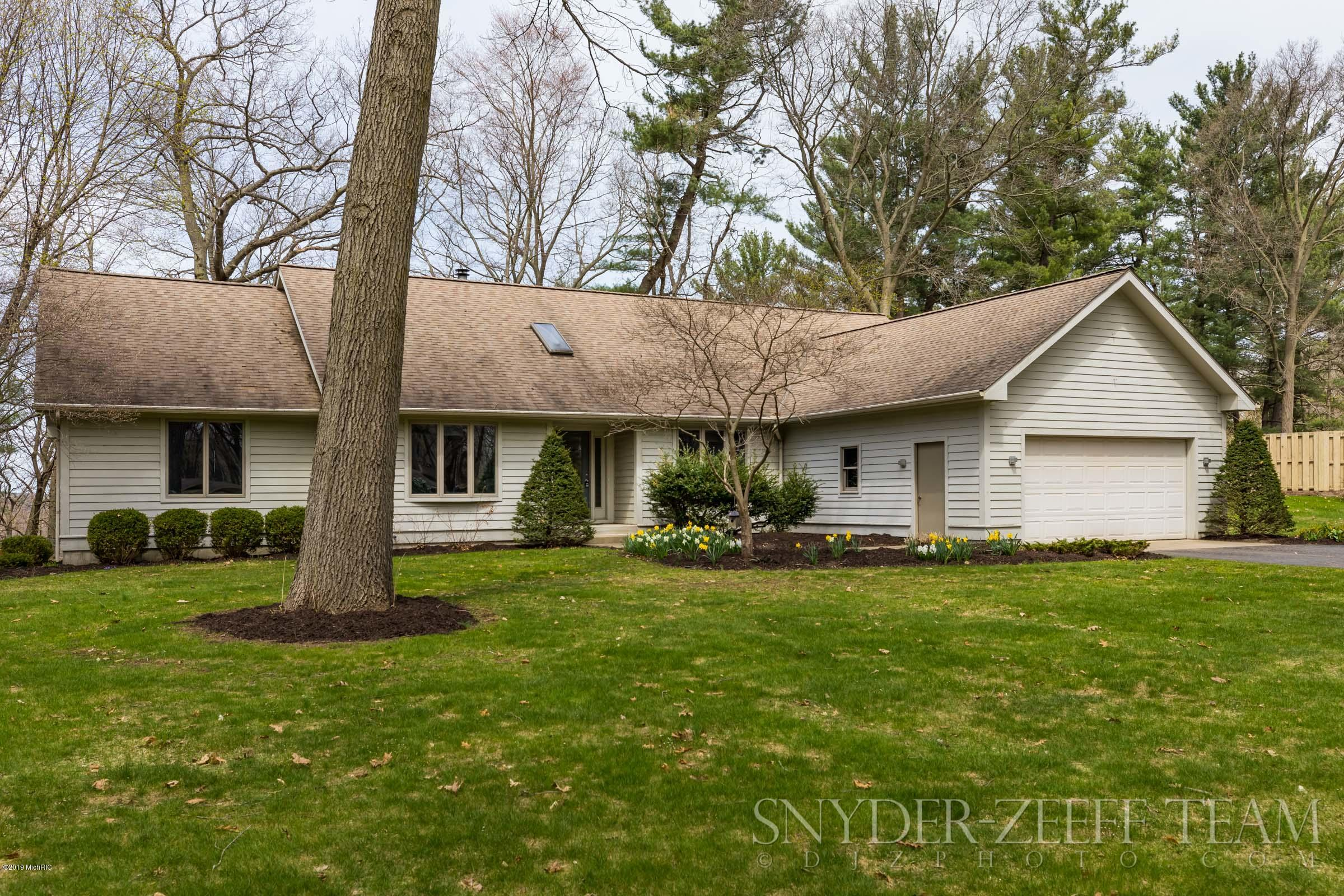 Photo for 3323 Lake Drive, Allegan, MI 49010 (MLS # 19007838)