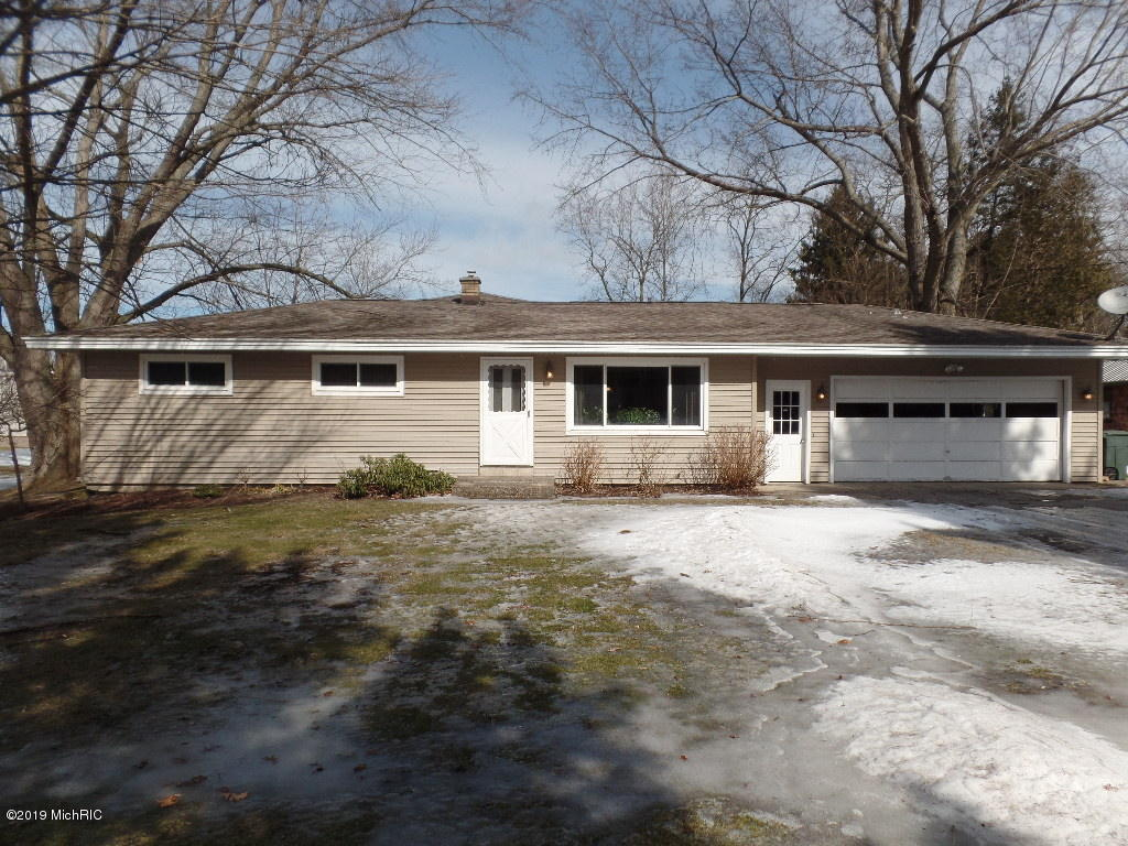Photo for 6551 Clearbrook Drive, Saugatuck, MI 49453 (MLS # 19008611)