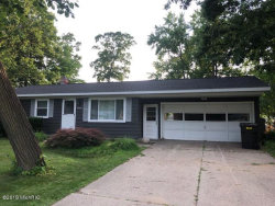 Photo of 5549 Pinebrook Avenue, Kentwood, MI 49548 (MLS # 19031893)