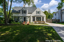 Photo of 2621 Oakwood Drive, East Grand Rapids, MI 49506 (MLS # 19040857)