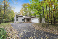 Photo of 8472 Highland Trail, Unit Lot 6, Canadian Lakes, MI 49346 (MLS # 19051299)