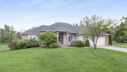 Photo of 10 E Suttons Ridge, Battle Creek, MI 49014 (MLS # 20018179)