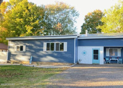 Photo of 931 South Haven Place, South Haven, MI 49090 (MLS # 20040361)